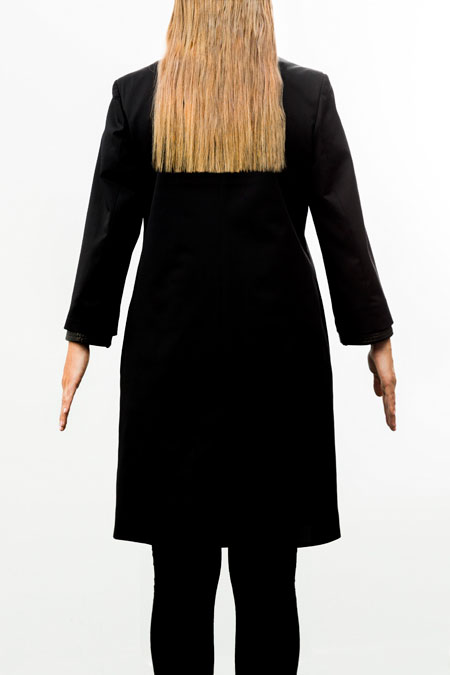 Hips-friendly coat for a ladies with a small height - from behind.
