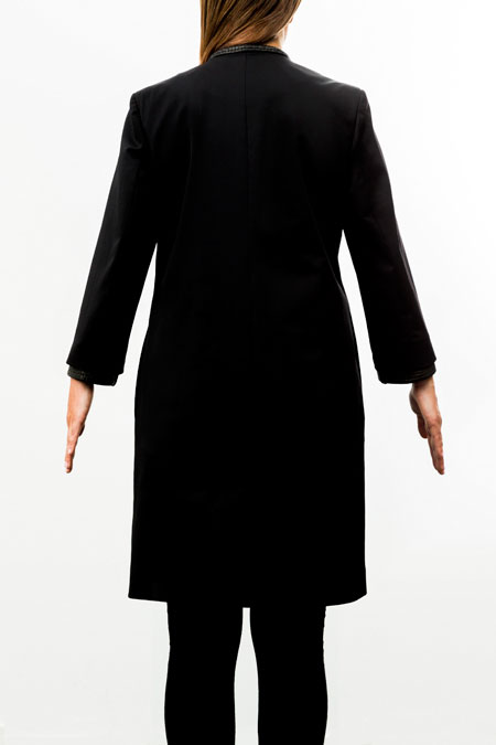 Hips-friendly coat for a ladies with a small height - back view.