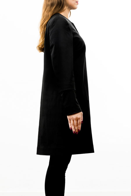 Hips-friendly coat - medium height -side look
