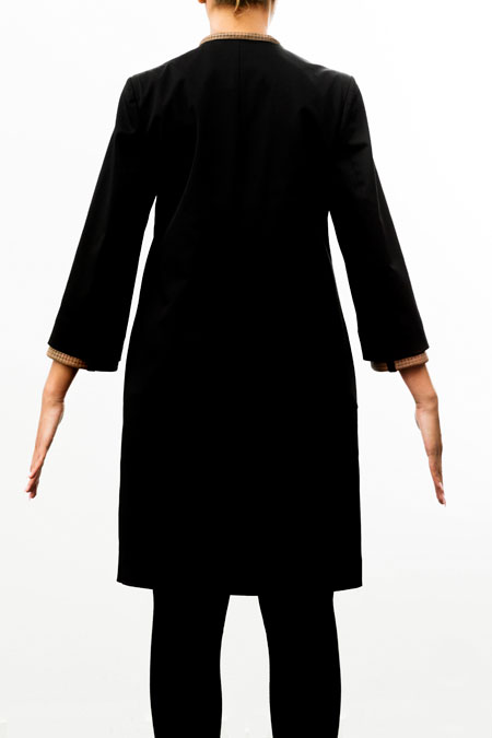 Bust-friendly coat for a tall lady
