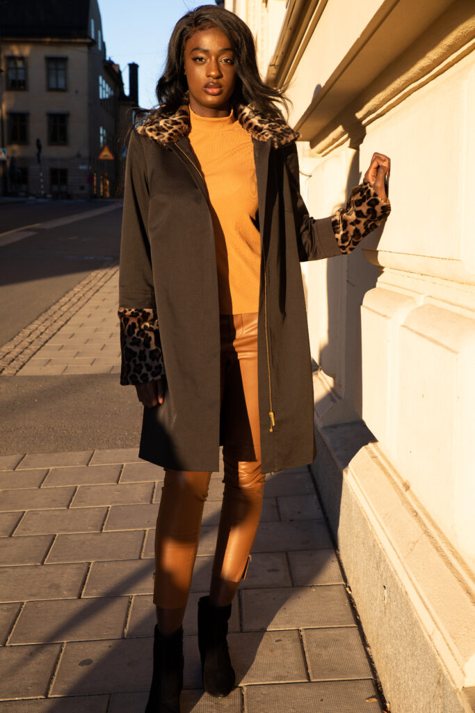 Susannes collection coat with a leopard fur set