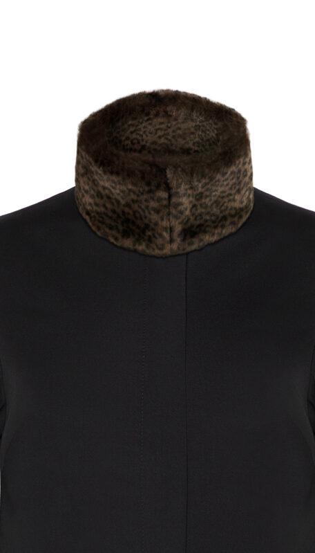 dark leopard collar