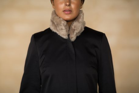 Attachable fur collar